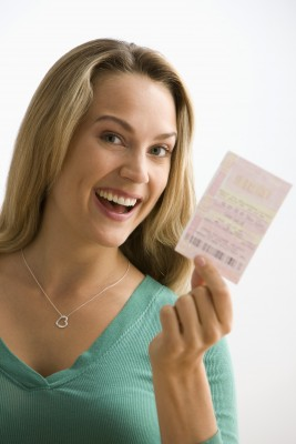 Is finding Mr. Right like winning the lottery? You have to open your heart.