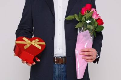 Why did he pursue me like that if he didn't really want to be with me? A man is romancing his woman with lavish gifts and flowers.