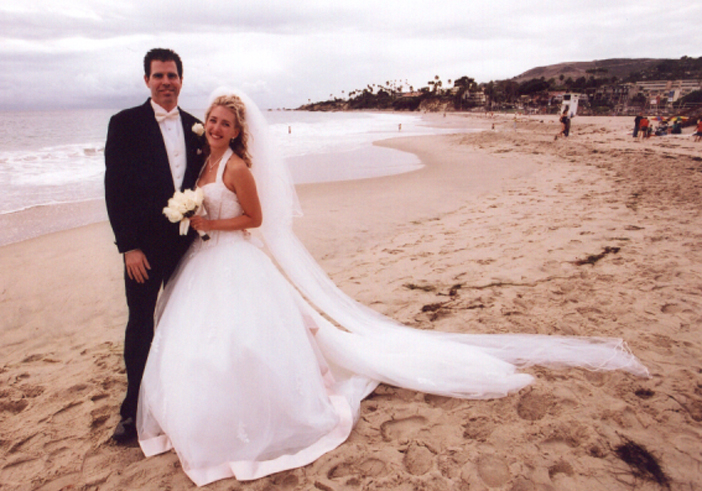 Jane Garapick wedding photo on the beach.